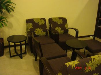 03 plaza premium lounge.jpg