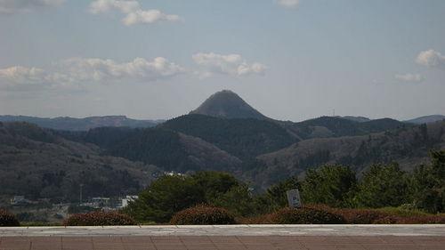 800px-MtTaihakusan-fromKuzuokaReien.jpg